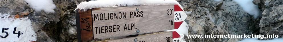 Wegweiser Richtung Molignon Pass und Tierser Alpl (Foto Volker).