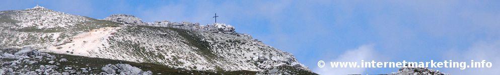 Gipfelkreuz des Petz (2.563 m) am Schlern (Foto: R. Jakubowski).