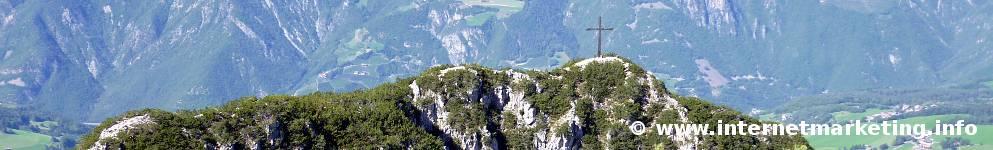 Monte Nicola (2.136 m) nel Massiccio dello Sciliar (Foto Volker).