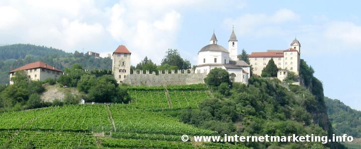 Kloster Säben oberhalb von Klausen in Südtirol.