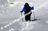 Durch den Neuschnee zur Tierser Alpl Hütte (2.440 m) im Rosengarten (Foto: Volker).