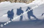 Wanderergruppe beim Aufstieg zum Grasleitenpass (2.601 m) in der Rosengartengruppe (Foto: Volker).