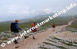 Itinerario n°4 (Via Alpina) sull'Altipiano dello Sciliar (Foto: R. Jakubowski).
