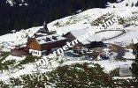 Rifugio Zallinger (2.037 m) posto tra il Gruppo del Sassolungo e l'Alpe di Siusi (Foto: Volker).