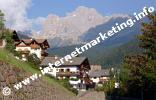 Welschnofen in Südtirol unterhalb der Rosengartengruppe (Foto: Volker).