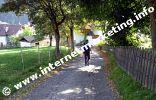Weg zur Kirche in Welschnofen in Südtirol (Foto: Volker).